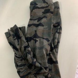 Scrunched Camo Leggings